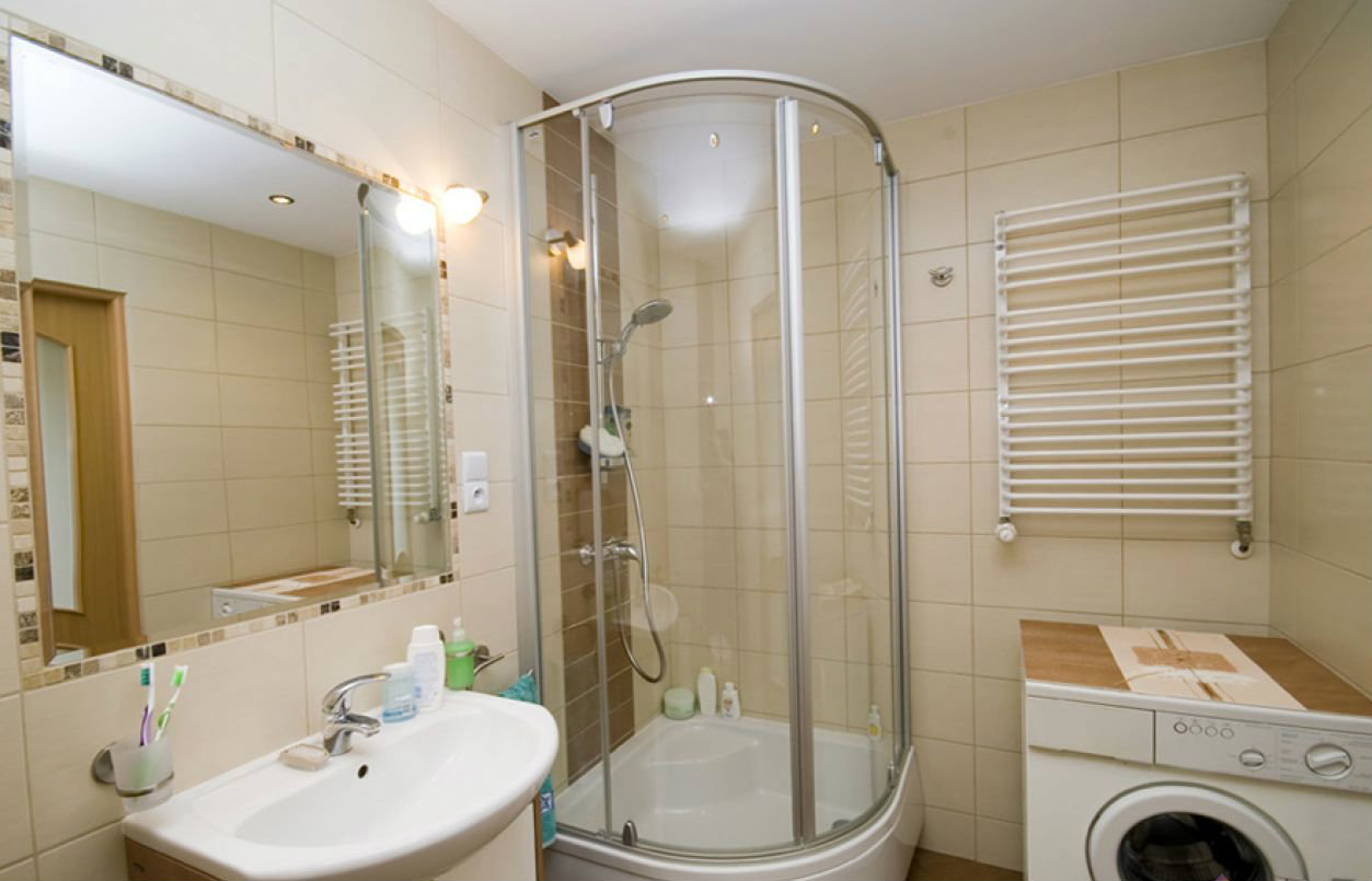 Ванная комната дизайн с душевой кабиной в хрущевке