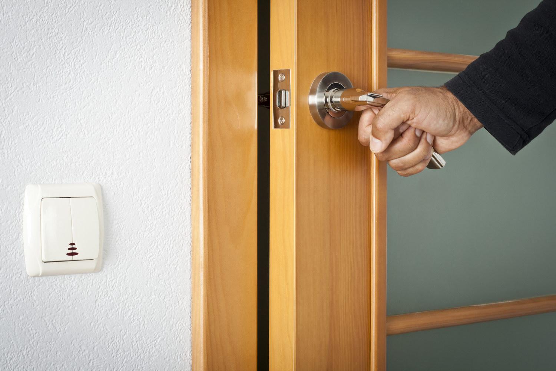 Ремонт дверной ручки межкомнатной двери своими руками